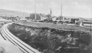 Dieser Gleisanschluss wurde laut Baugenehmigung im November 1906 dem Betrieb übergeben!